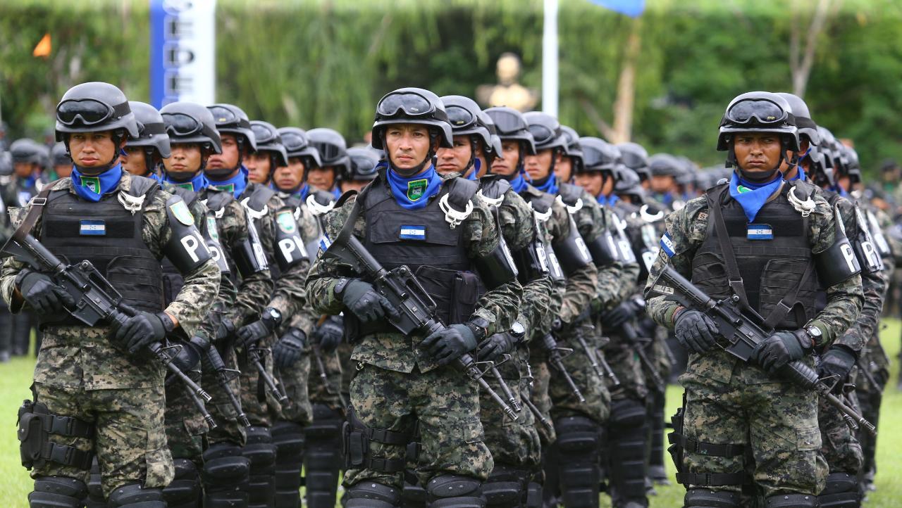 Dos Nuevos Batallones De La Polic A Militar Del Orden